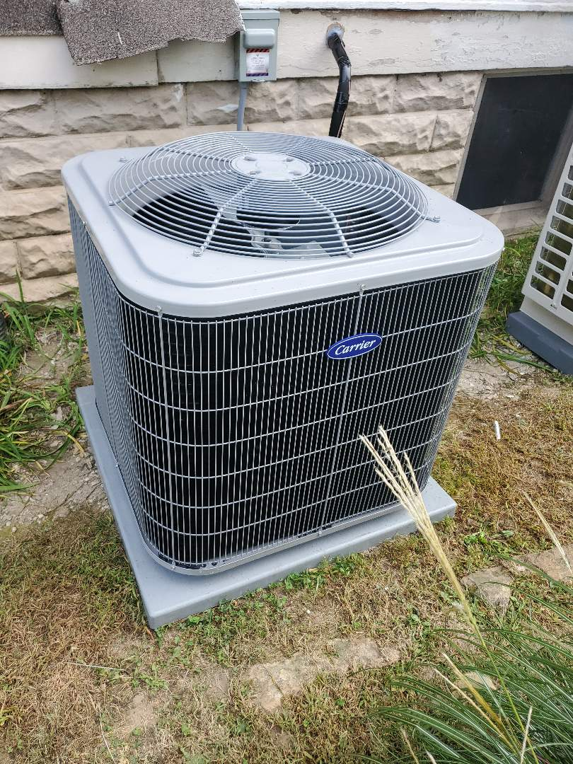 Hope, IN - Installing a Carrier AC