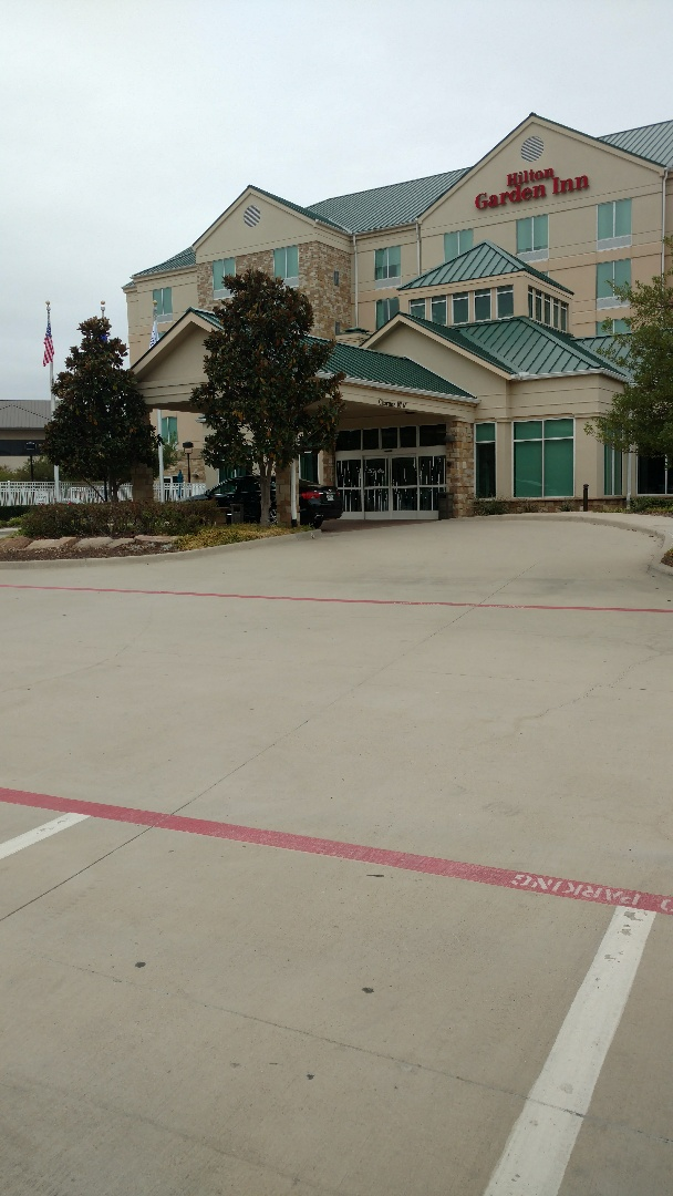 Frisco, TX - Commercial properties need upkeep too! Make sure to have an Advent service technician take a look at your systems for that added piece of mind during the holidays.