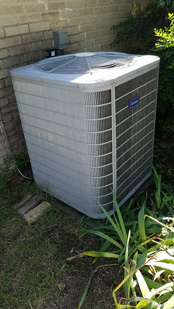 Lewisville, TX - Spring maintenance across cooling check in Highland Village