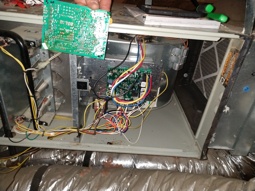 Lantana, TX - 3 gas heating winter tune-up and replaced furnace control board. Buddy Peterson from Advent.