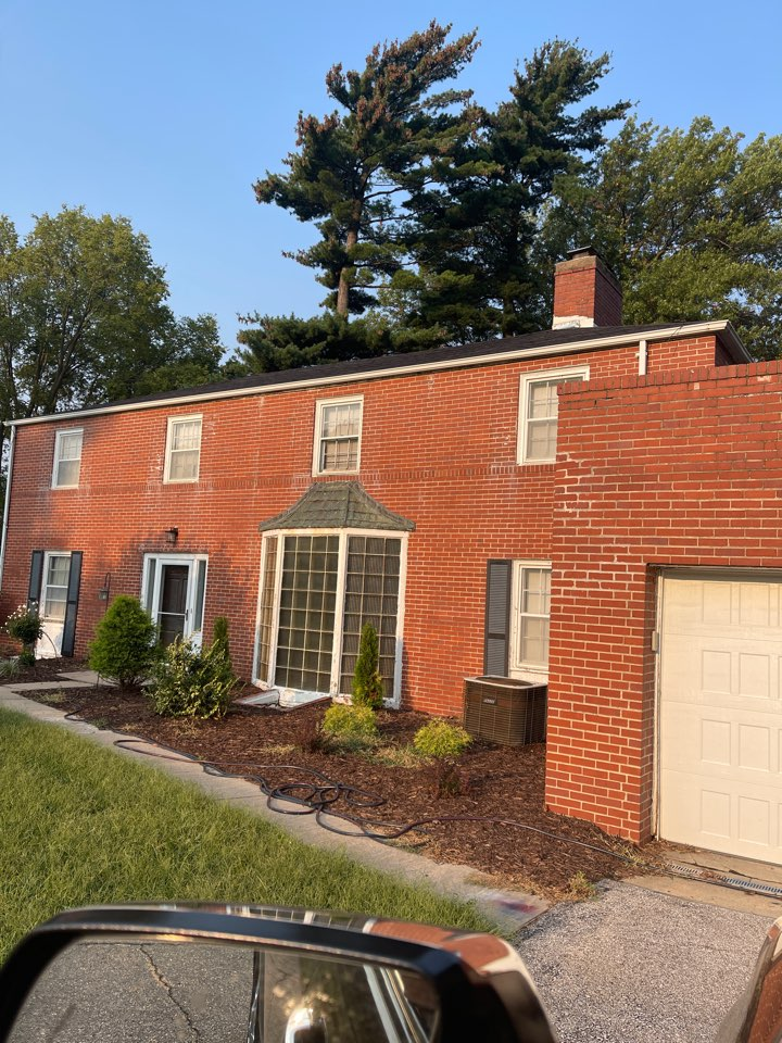 Omaha, NE - I'm giving a bid on white washing the brick replacing the bay windows in the front replacing all the windows in the house shutters and metal roofing