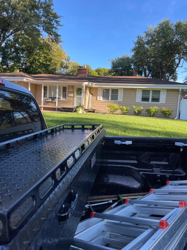 Omaha, NE - Bidding roof job and back deck