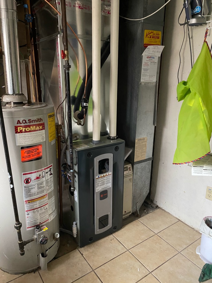 Roseville, MN - Quality check on installation of Trane two stage variable speed furnace & 16 SEER AC