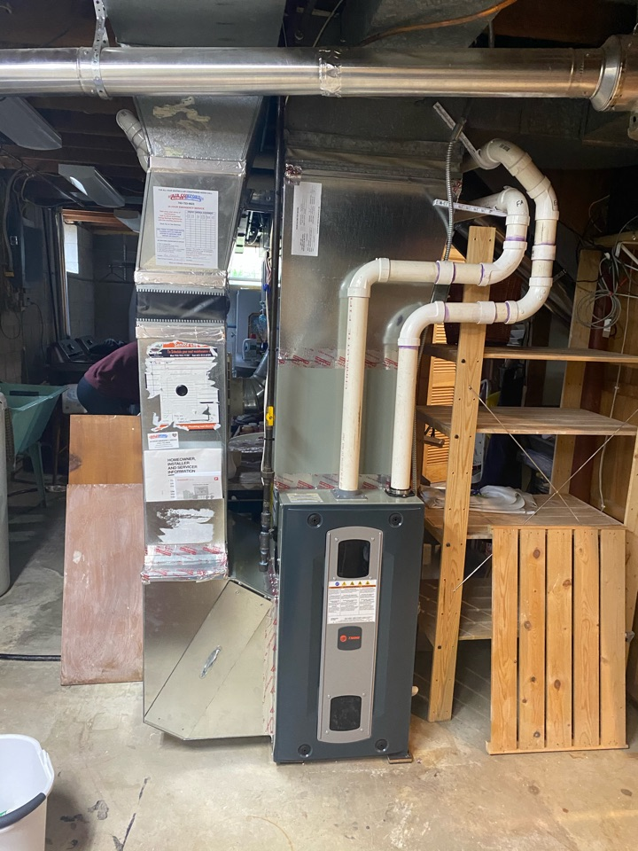 New Brighton, MN - Quality check on installation of Trane two stage variable speed furnace & XR14 16 SEER AC