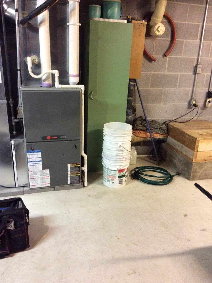 Ray, MI - Furnace repair and transformer replacement on a Trane furnace.