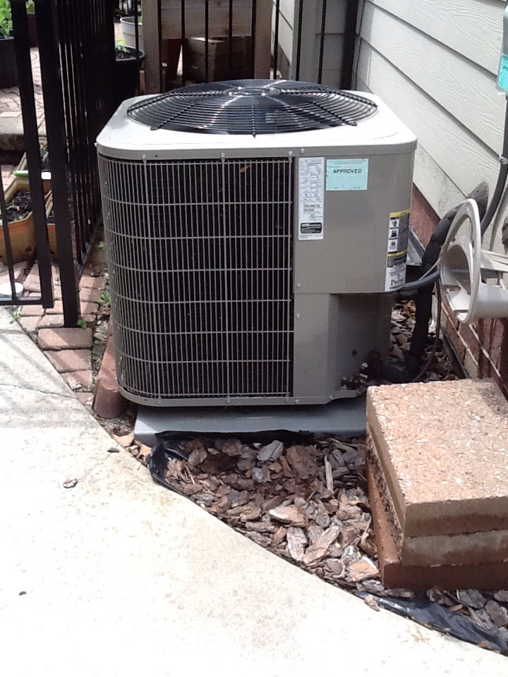 Birmingham, MI - Tune up on Bryant a/c system