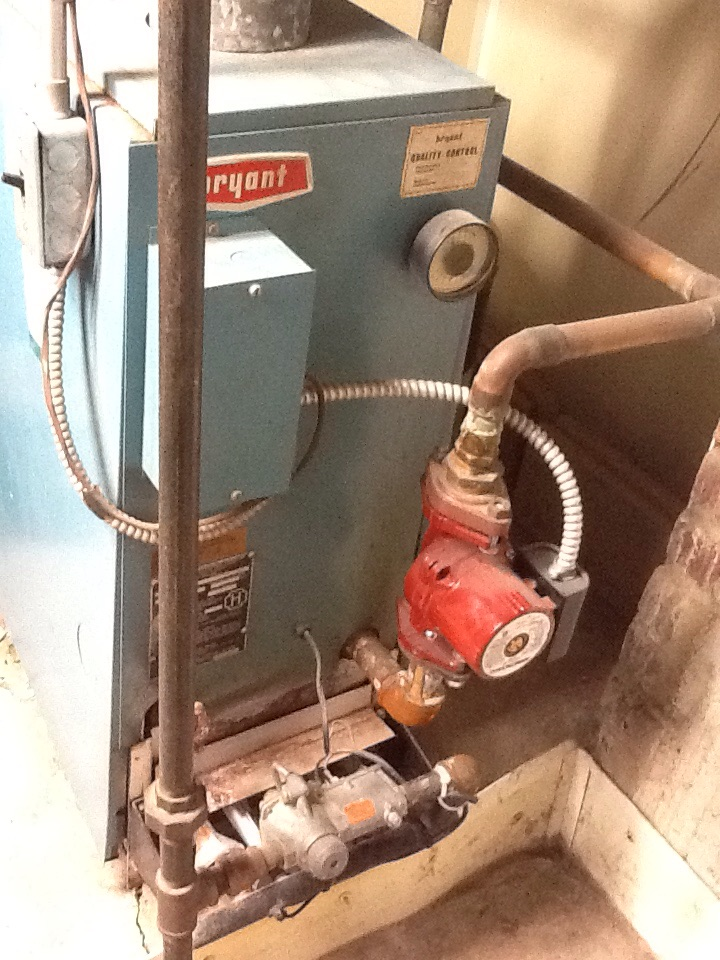 Mount Clemens, MI - Boiler inspection on Bryant system