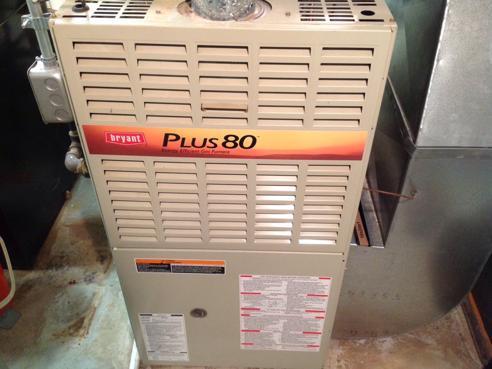 Clarkston, MI - Service on a residential Bryant furnace in clarkston.