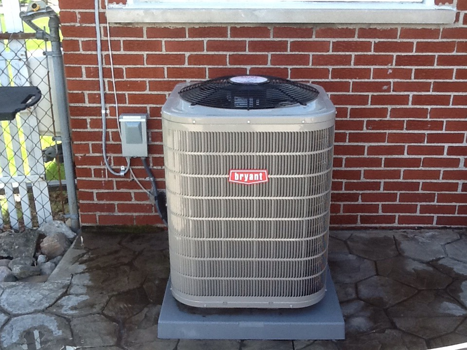 Clarkston, MI - A/c inspection on Bryant system