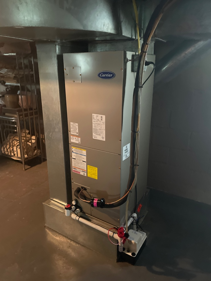 Palmyra, NJ - New air handler in basement with condenser