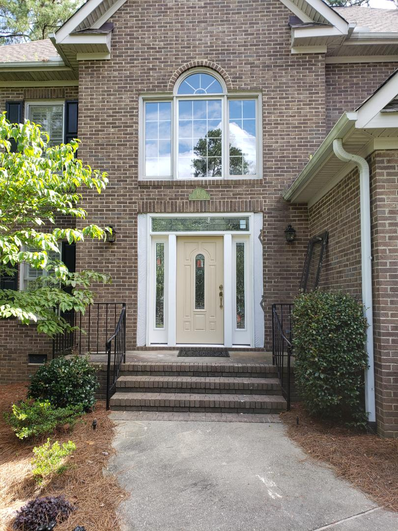 Aiken, SC - South Point eplacing front entry door with new thermatru decorative glass fiberglass unit with sidelights, transom and rot resistant jambs in aiken.