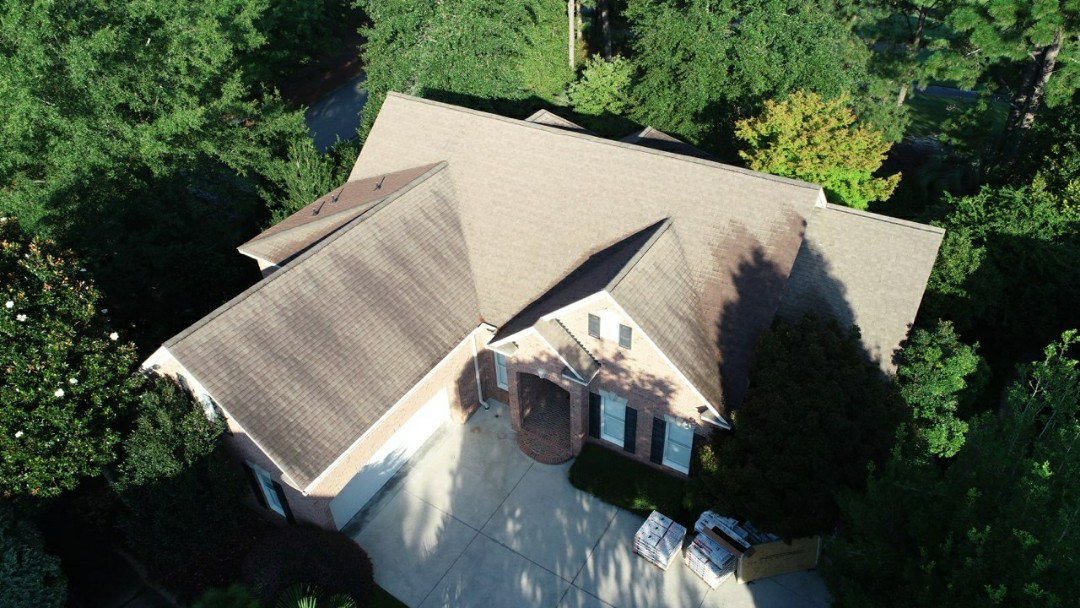 Aiken, SC - Asphalt shingle roof replacement with South Point roofing and construction in Aiken, SC using Atlas Pinnacle Pristine architectural shingles with scotchguard, synthetic summit 60 underlayment and tribuilt ridge vent.