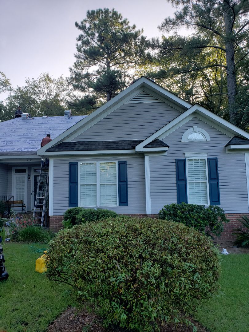 Aiken, SC - New architectural asphalt shingle roof in aiken with South Point roofing and construction using atlas pinnacle pristine shingles with scotchguard, summit 60 synthetic underlayment and trubuilt ridge vent
