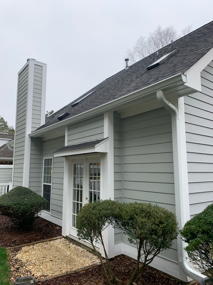 "Aiken, SC - South Point Roofing and Construction is replacing 5"" gutters with new 6 inch seamless gutters and Leaf. Blaster Pro gutter guards for a customer in Aiken, SC."