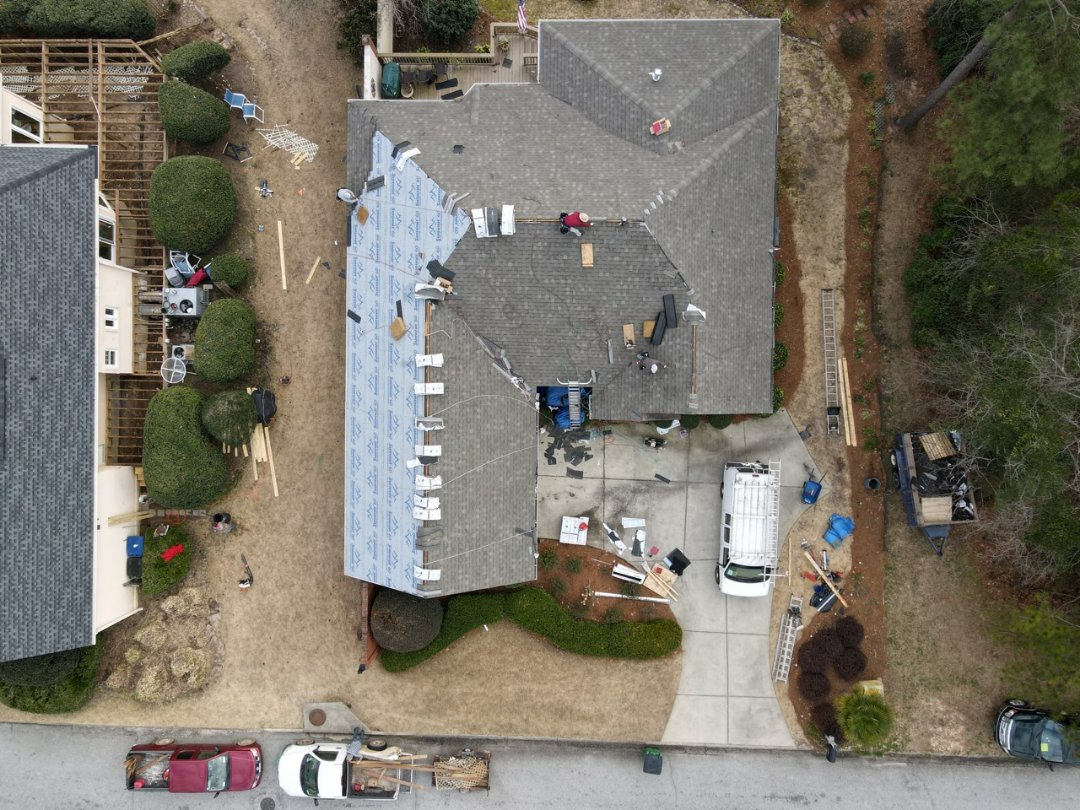 Aiken, SC - Residential roof replacement in Aiken, SC with South Point Roofing and Construction using Atlas Pinnacle Pristine architectural shingles with Scotchgarde by 3M and seamless gutters with Leaf Blaster Pro gutter guards.