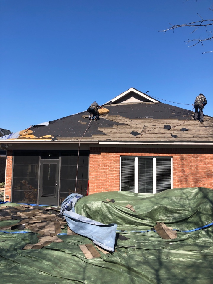 Aiken, SC - Another residential roof replacement by South Point Roofing & Construction, Inc. In Aiken SC in the Hitchcock Crossing subdivision using Atlas Pinnacle Pristine architectural shingles with Scotchgard by 3M