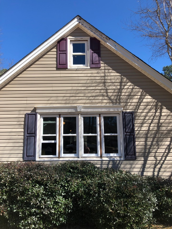 New Ellenton, SC - Residential window replacement in New Ellenton SC by South Point Roofing & Construction, Inc. Using Ply Gem Simonton replacement windows rated #1 highest overall quality in the vinyl window category- 2020 Builder Magazine's Brand Use Study