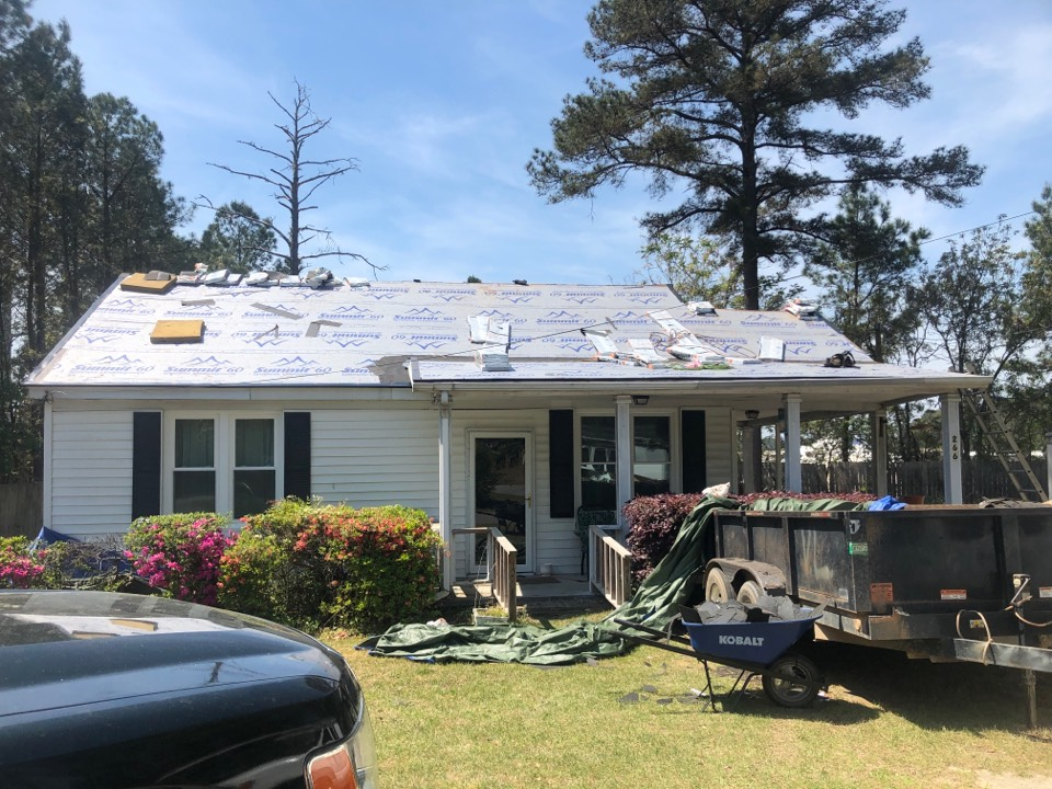 West Columbia, SC - Another residential roof replacement by South Point Roofing & Construction, Inc. in West Columbia, SC using Atlas Pinnacle Pristine architectural shingles with Scotchgard by 3M near S. Woodside Parkway. www.southpointconstruction.net 803-648-9399