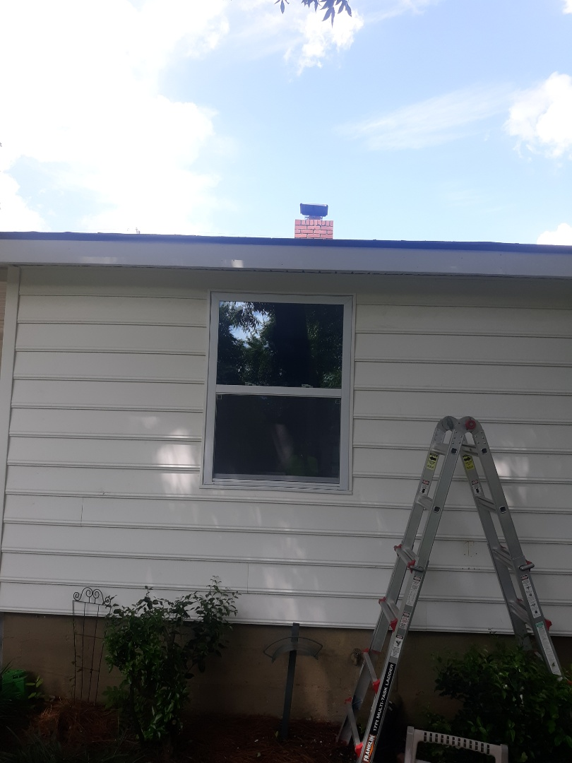 North Augusta, SC - South Point Roofing and Construction is replacing old windows with new vinyl replacement windows in North Augusta, SC.