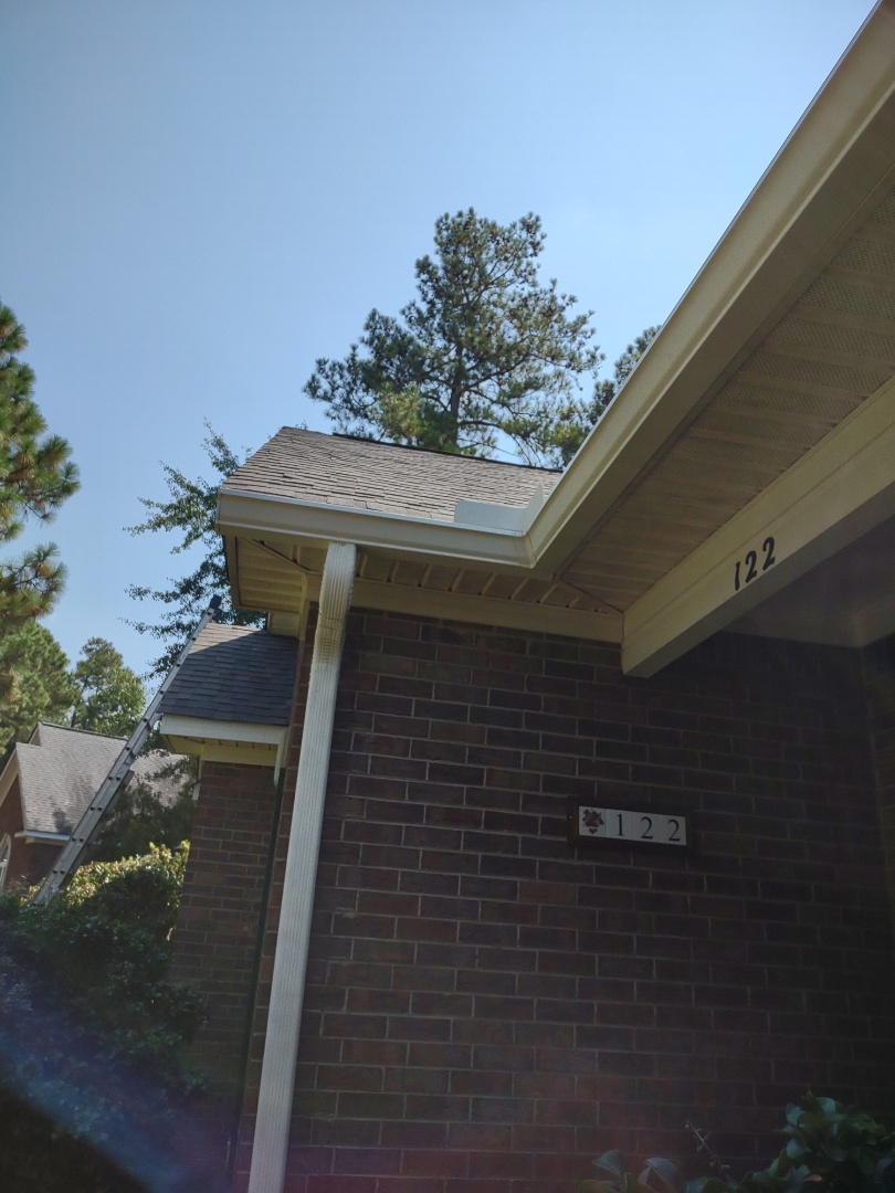 Aiken, SC - South Point Roofing and Construction is installing 6 inch Cameo gutter in Aiken, SC.