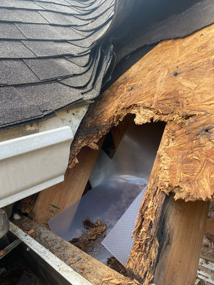 Aiken, SC - South Point Roofing and Construction repairing roof leak caused by gutter running into roof on home in Woodside Plantation neighborhood in Aiken SC
