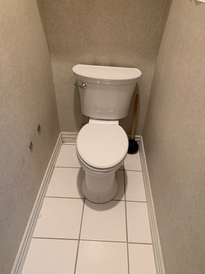 Burleson, TX - Toilet replacement in Burleson.
