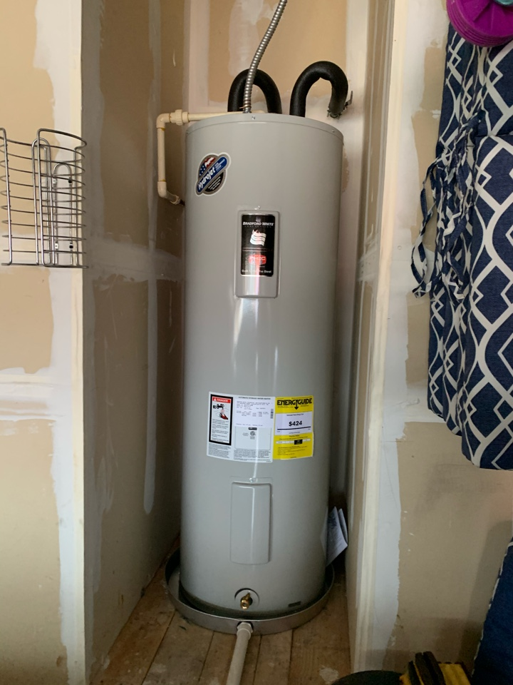 Weatherford, TX - Water heater replacement in Weatherford.