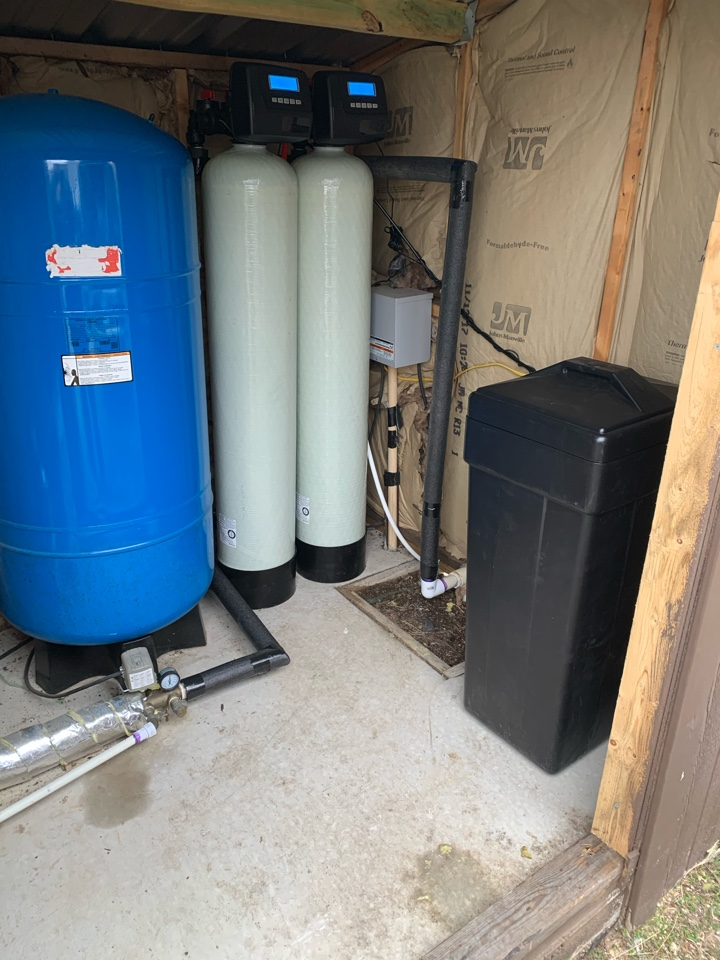 Cresson, TX - Whole house water filtration system installation to rid the water of rotten egg smell in Cresson.
