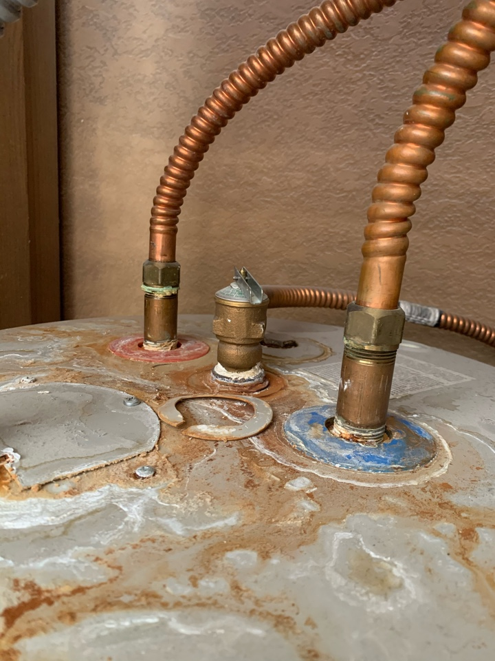 Weatherford, TX - Leaking water heater repair in Weatherford.