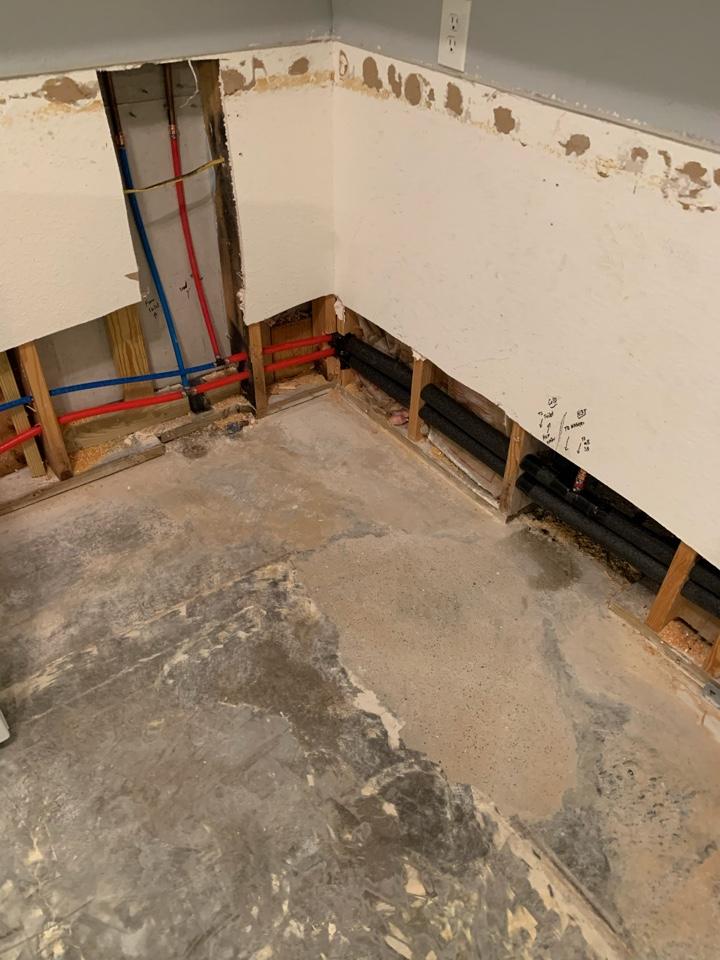 Weatherford, TX - Water re-pipe/ slab leak repair in Weatherford.