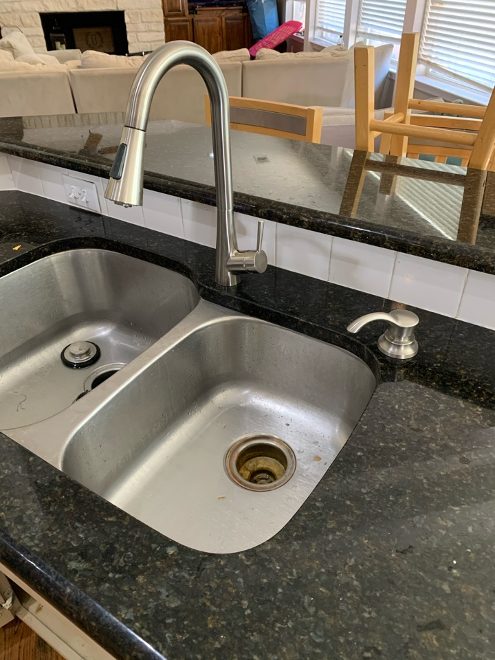 Aledo, TX - Kitchen sink faucet replacement in Aledo.