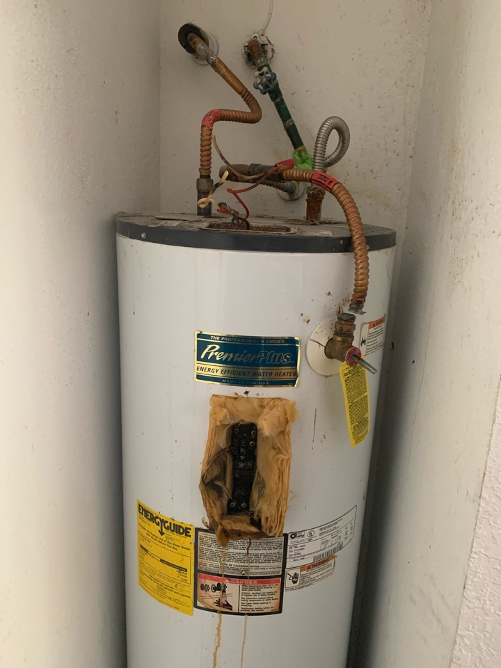Benbrook, TX - Water heater replacement in Fort Worth.