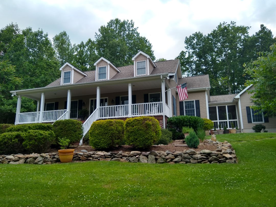 Warrenton, VA - Amisville, VA - I had the pleasure of providing an estimate to re-roof this beautiful home. A neighbor had referred us. #AmisvilleRoofer #RappahannockCounty #VARoofer #AffordableRoofingCompanyNearMe #LocalRoofers #RoofMaintenanceCompany #RoofingCompanyNearMe #RoofingCompany #RoofingNorthernVA #RoofingFairfaxVA #RoofingArlingtonVA #RoofingCentrevilleVA #Roofing #ContractorVirginia #ManassasRoofingContractor #NorthernVirginiaRoofer #RoofReplacement