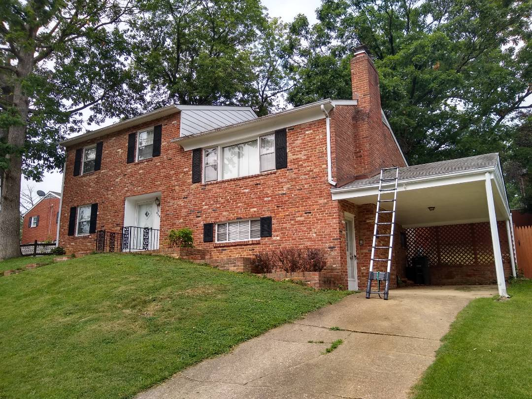 Arlington, VA - Arlington, VA - We are giving an estimate for siding, fasia wrap and re-shingling the roof with GAF Timberline HDZ shingles. We are also suggesting adding soffits to increase ventilation which will aid in cooling the attic. #ArlingtonCounty #VARoofer #AffordableRoofingCompanyNearMe #LocalRoofers #RoofMaintenanceCompany #RoofingCompanyNearMe #RoofingCompany #RoofingNorthernVA #RoofingFairfaxVA #RoofingArlingtonVA #RoofingCentrevilleVA #Roofing #ContractorVirginia #ManassasRoofingContractor #CommercialRoofing #NorthernVirginiaRoofer #RoofReplacement #SidingReplacement #WindowReplacement