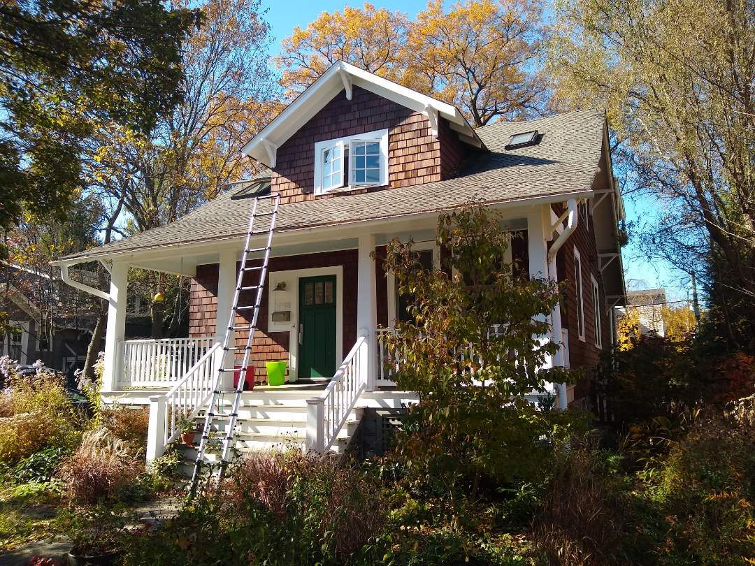Arlington, VA - Arlington, VA - Providing a roof replacement estimate on this adorable little house!!! #PrinceWilliamCountyRoofing #VARoofer #NorthernVAAffordableRoofingCompanyNearMe #BurkeAffordableRoofingCompanyNearMe #WarrentonLocalRoofers #NorthernVARoofMaintenanceCompany #LortonRoofMaintenanceCompany #NorthernVARoofingCompanyNearMe #ManassasRoofingCompanyNearMe #NorthernVARoofingCompany