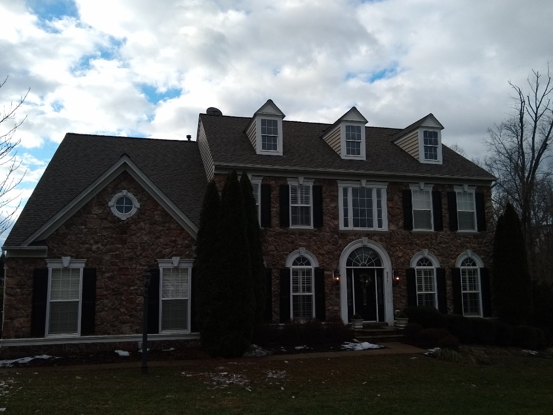 Warrenton, VA - Hill Roofing just completed the roof on this beautiful home in Warrenton VA. #NorthernVAAffordableRoofingCompanyNearMe #BurkeAffordableRoofingCompanyNearMe #WarrentonLocalRoofers #NorthernVARoofMaintenanceCompany #LortonRoofMaintenanceCompany #NorthernVARoofingCompanyNearMe #ManassasRoofingCompanyNearMe #NorthernVARoofingCompany