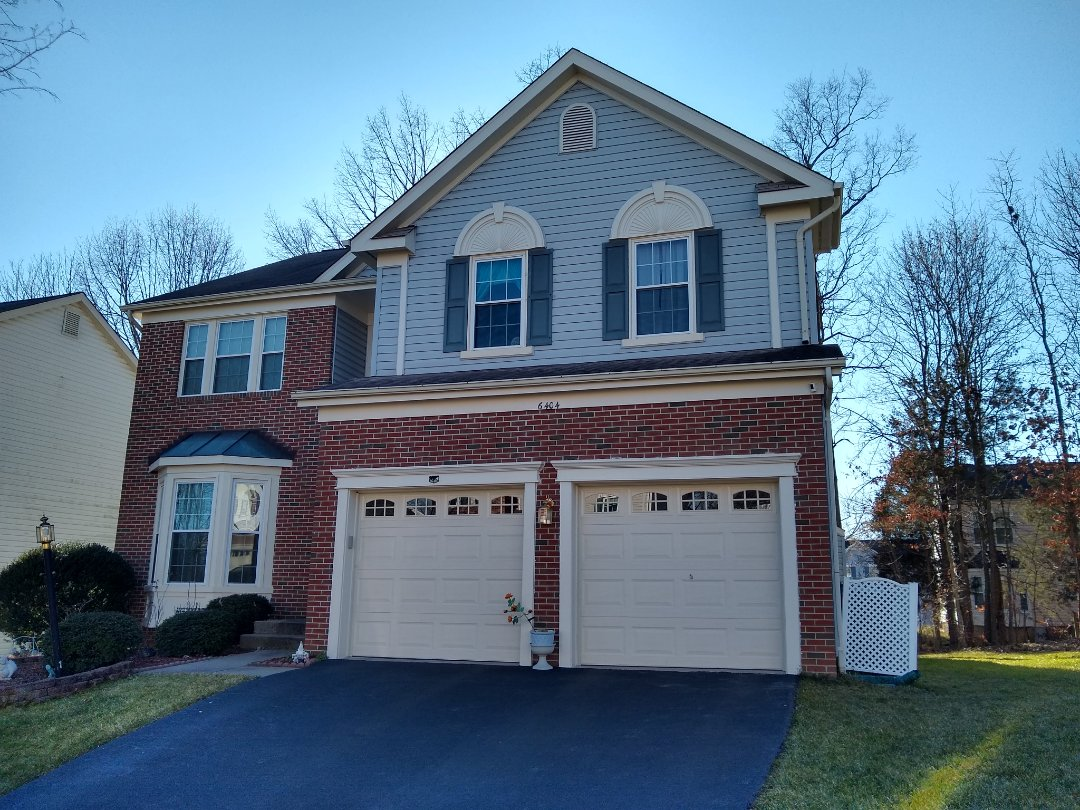 Centreville, VA - Hill Roofing does siding, windows and doors. We are in Centreville, VA on Saturday providing a roofing and siding estimate. #NorthernVAAffordableRoofingCompanyNearMe #BurkeAffordableRoofingCompanyNearMe #WarrentonLocalRoofers #NorthernVARoofMaintenanceCompany #LortonRoofMaintenanceCompany #NorthernVARoofingCompanyNearMe #ManassasRoofingCompanyNearMe #NorthernVARoofingCompany