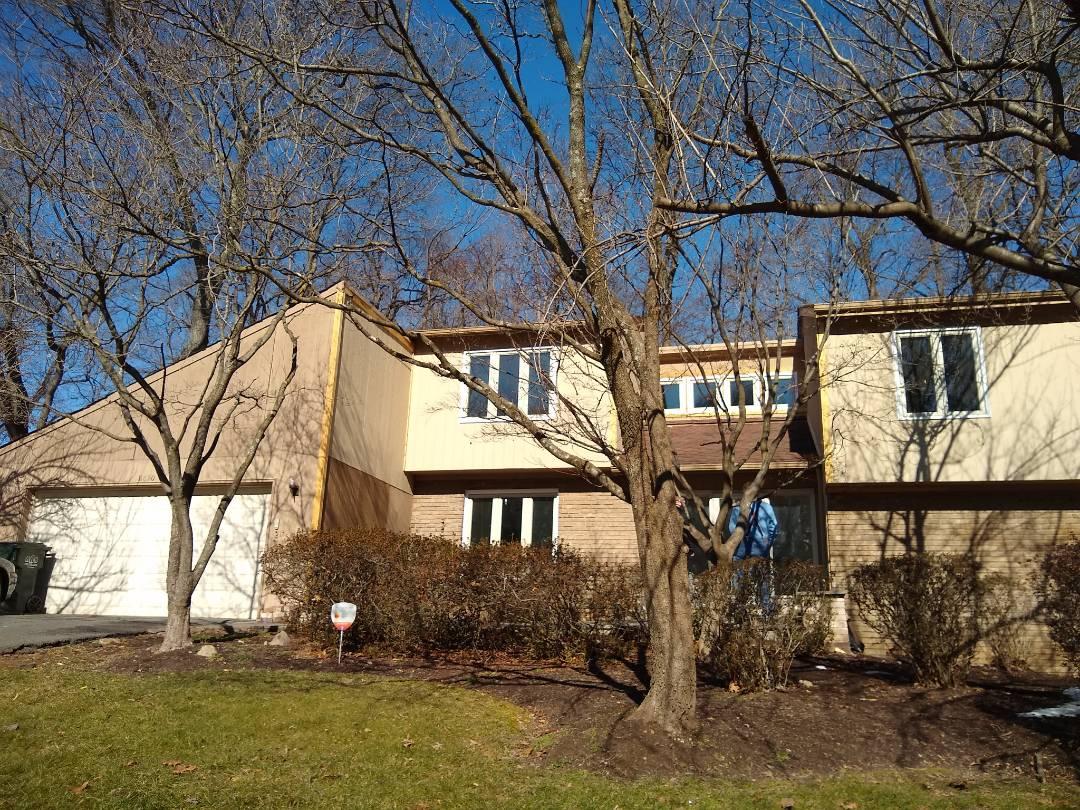 Oakton, VA - Hill Roofing providing an estimate for a homeowner in Oakton, VA. #NorthernVAAffordableRoofingCompanyNearMe #BurkeAffordableRoofingCompanyNearMe #WarrentonLocalRoofers #NorthernVARoofMaintenanceCompany #LortonRoofMaintenanceCompany #NorthernVARoofingCompanyNearMe #ManassasRoofingCompanyNearMe #NorthernVARoofingCompany