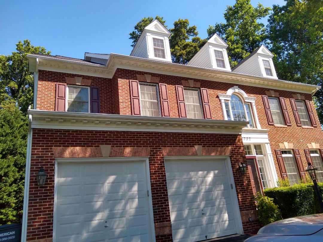 Fairfax, VA - Hill Roofing providing an estimate in Fairfax VA. The customer is interested in upgrading from 3 tab to architectural shingles. #NorthernVAAffordableRoofingCompanyNearMe #BurkeAffordableRoofingCompanyNearMe #WarrentonLocalRoofers #NorthernVARoofMaintenanceCompany #LortonRoofMaintenanceCompany #NorthernVARoofingCompanyNearMe #ManassasRoofingCompanyNearMe #NorthernVARoofingCompany