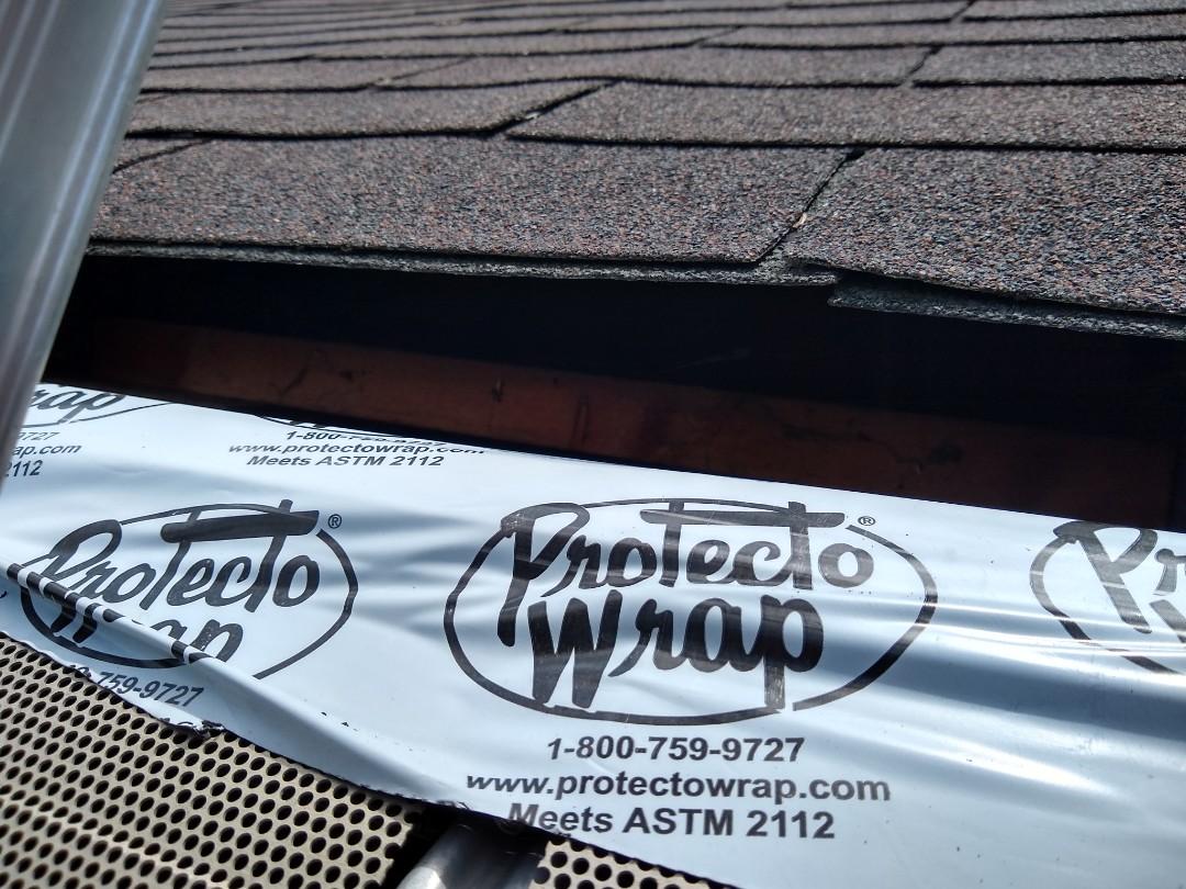 McLean, VA - Hill Roofing providing a roofing repair estimate in McLean VA. #NorthernVAAffordableRoofingCompanyNearMe #BurkeAffordableRoofingCompanyNearMe #WarrentonLocalRoofers #NorthernVARoofMaintenanceCompany #LortonRoofMaintenanceCompany #NorthernVARoofingCompanyNearMe #ManassasRoofingCompanyNearMe #NorthernVARoofingCompany