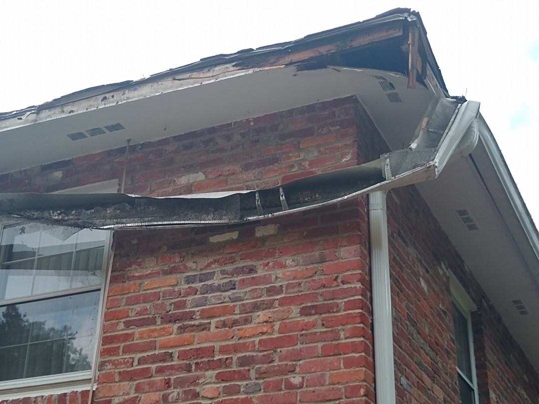 Alexandria, VA - Hill Roofing is proving an estimate for storm related fame to a roof in Alexandria VA. We have licenced insurance adjusters on staff to make sure your claim goes smoothly. #NorthernVAAffordableRoofingCompanyNearMe #BurkeAffordableRoofingCompanyNearMe #WarrentonLocalRoofers #NorthernVARoofMaintenanceCompany #LortonRoofMaintenanceCompany #NorthernVARoofingCompanyNearMe #ManassasRoofingCompanyNearMe #NorthernVARoofingCompany