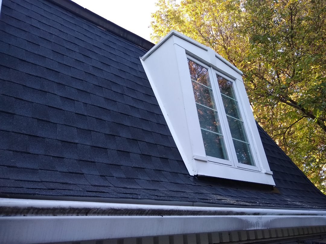 Great Falls, VA - Hill Roofing is in Great Falls, VA installing GAF architectural shingles on a Mansard roof.