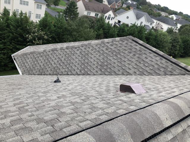 Springfield, VA - Completed a GAF Timberline HD roof replacement on this home with hip roof.