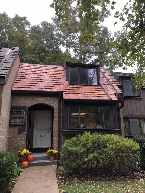 Reston, VA - Roof Replacement with Natural Medium Cedar Shakes