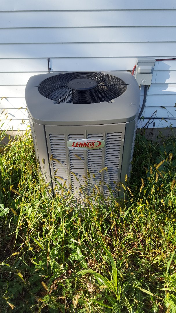 Adell, WI - Servicing Lennox central a/c
