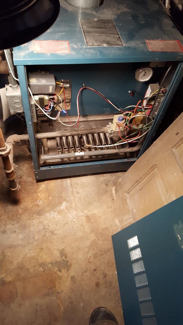 Cedarburg, WI - Repairing Burnham cast iron boiler