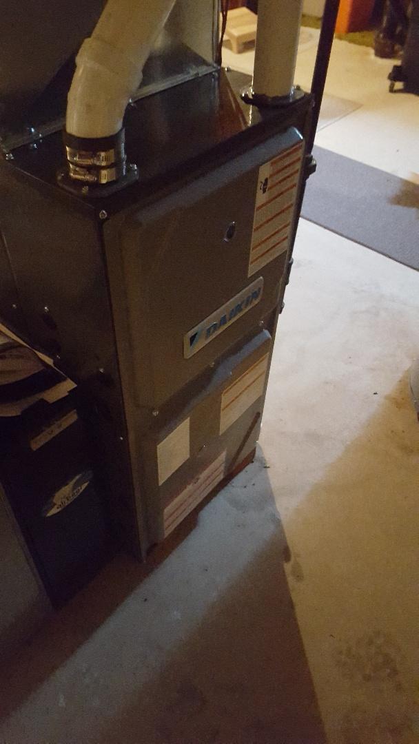 Cedarburg, WI - Daikin Furnace install