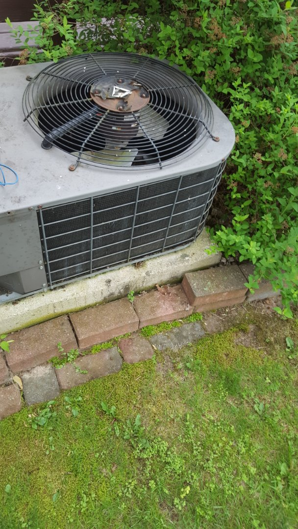 Fredonia, WI -  Repair Heil air conditioner