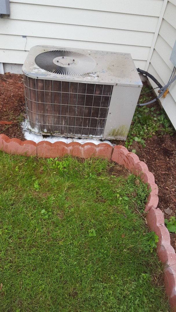 Cedarburg, WI - Luxaire a/c tuneup