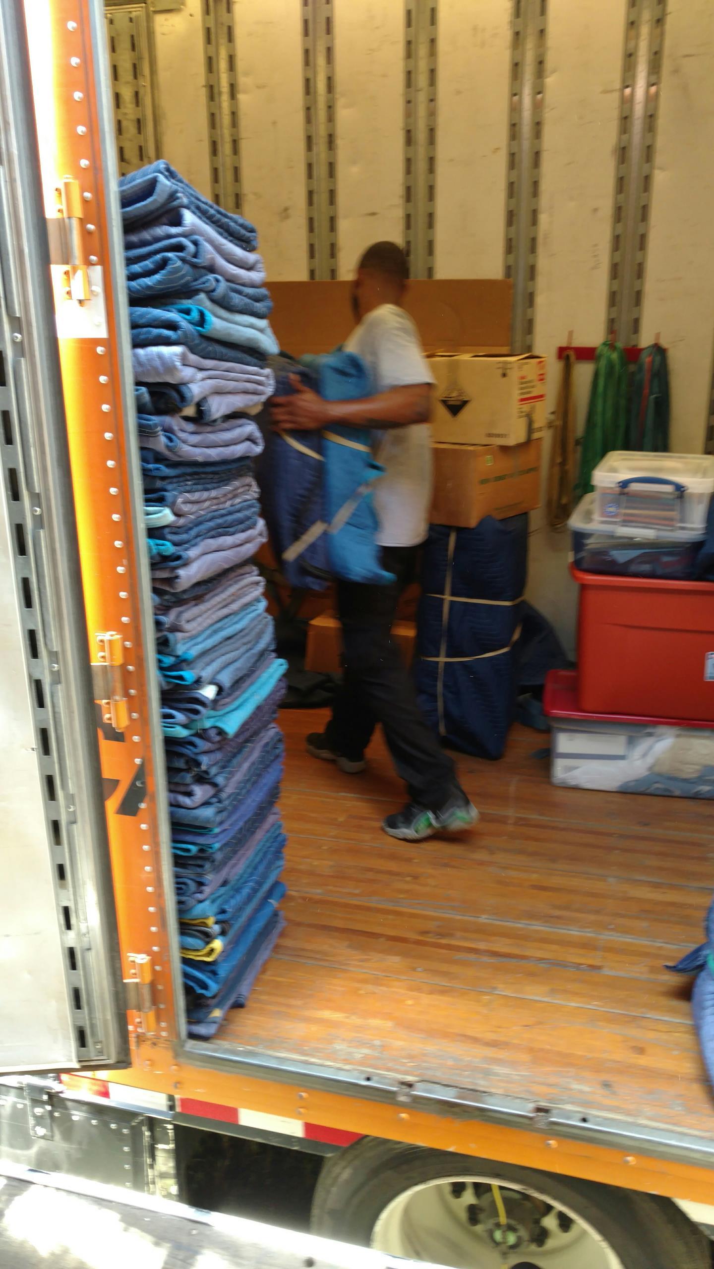 Arden, NC - Shuttling a shipment. Truck to truck